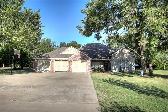 9729 N Osage Drive, Sperry, OK 74073 (MLS #1806612) :: The Boone Hupp Group at Keller Williams Realty Preferred