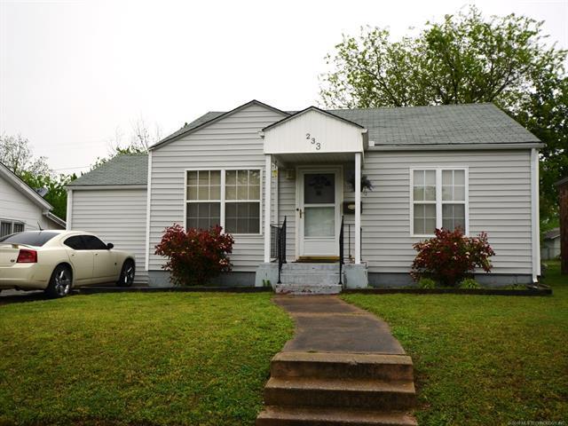 233 W 8th Avenue, Bristow, OK 74010 (MLS #1811769) :: Brian Frere Home Team