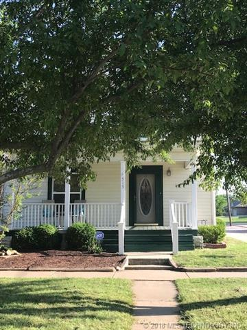 515 E Silas Street, Bartlesville, OK 74003 (MLS #1817568) :: Hopper Group at RE/MAX Results