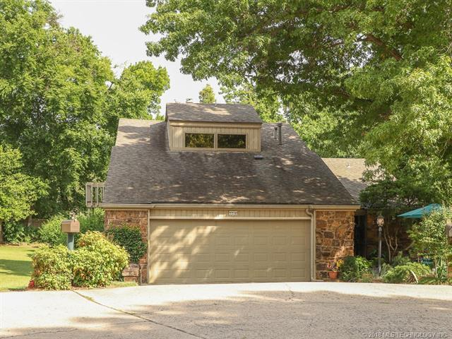 3314 E 68th Place #5, Tulsa, OK 74136 (MLS #1821270) :: Brian Frere Home Team