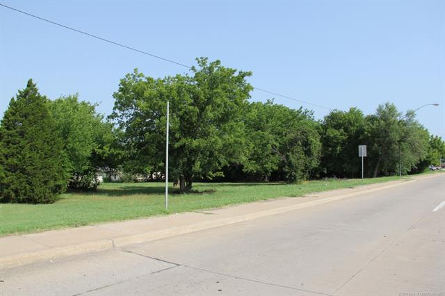 904 N 9th Street, Sapulpa, OK 74066 (MLS #1824351) :: Hopper Group at RE/MAX Results