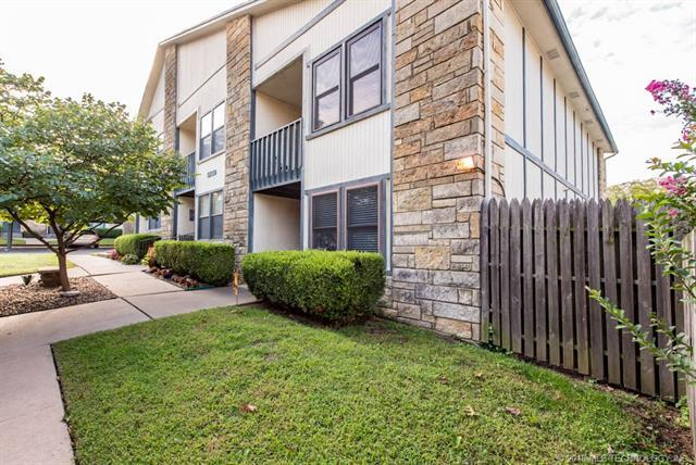 5259 Nowata Road L 203, Bartlesville, OK 74006 (MLS #1833455) :: Hopper Group at RE/MAX Results