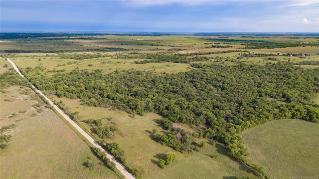 33 Nowata Rt 2 Road, Nowata, OK 74048 (MLS #1837659) :: Hopper Group at RE/MAX Results