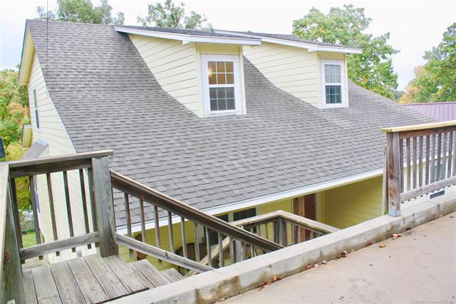 31260 Wildwood Drive, Afton, OK 74331 (MLS #1839418) :: Hopper Group at RE/MAX Results