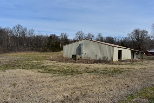 3104 Hwy 51, Stilwell, OK 74960 (MLS #1841743) :: Hopper Group at RE/MAX Results