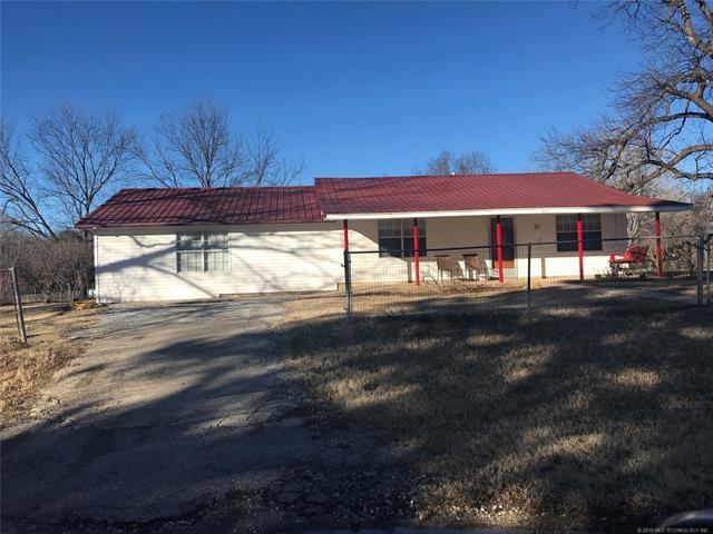 214 W 2nd Street, Stonewall, OK 74871 (MLS #1843620) :: Hopper Group at RE/MAX Results