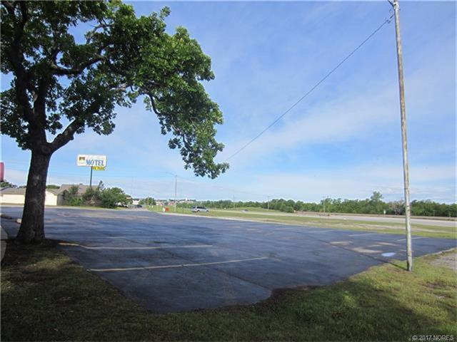 68 Industrial Drive, Mannford, OK 74044 (MLS #1844068) :: Hopper Group at RE/MAX Results