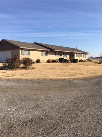 17608 N 161st East Avenue, Oologah, OK 74053 (MLS #1844905) :: Hopper Group at RE/MAX Results