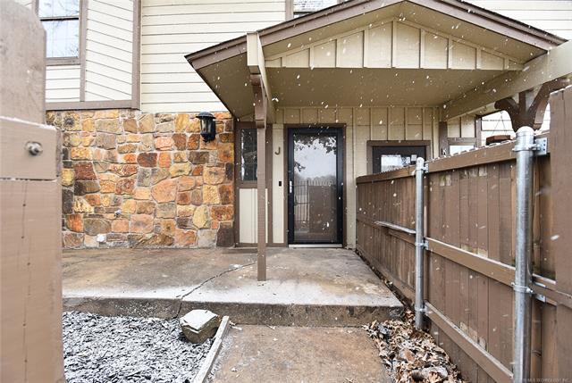 7903 E 66th Street 46J, Tulsa, OK 74133 (MLS #1900092) :: Hopper Group at RE/MAX Results