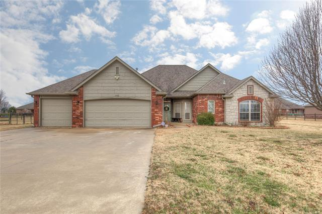 5500 E 145th Street North, Collinsville, OK 74021 (MLS #1902793) :: Hopper Group at RE/MAX Results