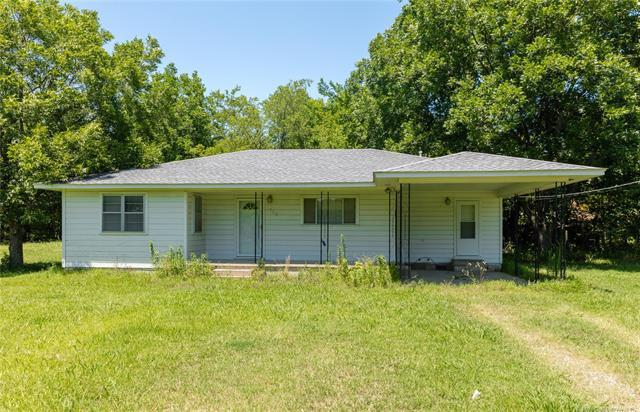 715 Comanche Street, Hartshorne, OK 74547 (MLS #1908470) :: Hopper Group at RE/MAX Results