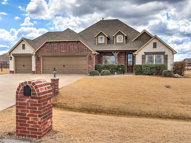 5906 E 138th Street N, Collinsville, OK 74021 (MLS #1910230) :: RE/MAX T-town
