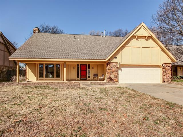 9930 S 67TH East Place, Tulsa, OK 74133 (MLS #1910442) :: Hopper Group at RE/MAX Results