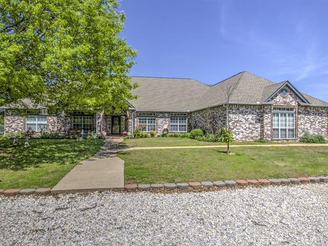 36025 W 241st Street S, Bristow, OK 74010 (MLS #1914757) :: Hopper Group at RE/MAX Results