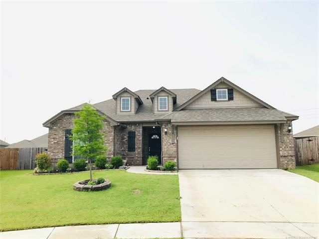 3934 W 103rd Court S, Jenks, OK 74037 (MLS #1918150) :: Hopper Group at RE/MAX Results