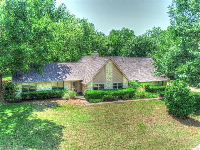 149 Spunky Creek Drive, Catoosa, OK 74015 (MLS #1919320) :: RE/MAX T-town