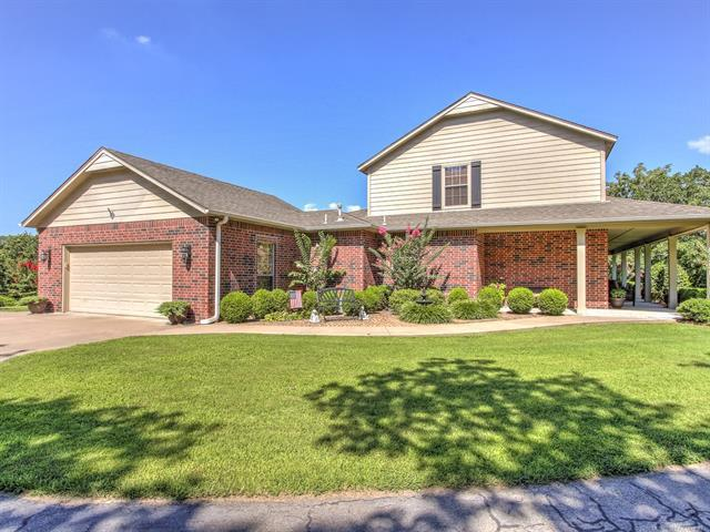 644 Pinto Lane, Sapulpa, OK 74066 (MLS #1925403) :: 918HomeTeam - KW Realty Preferred