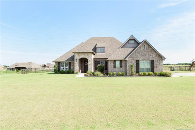 6709 E 88th Street North, Owasso, OK 74055 (MLS #1925439) :: 918HomeTeam - KW Realty Preferred