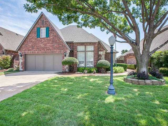 9017 N 100th East Avenue, Owasso, OK 74055 (MLS #1926169) :: Hopper Group at RE/MAX Results
