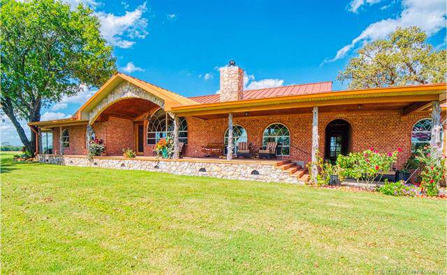 2803 E Blue Haven Road, Tishomingo, OK 73460 (MLS #1927650) :: Hopper Group at RE/MAX Results