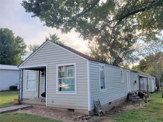 318 N Broadway Street, Coweta, OK 74429 (MLS #1932443) :: Hopper Group at RE/MAX Results