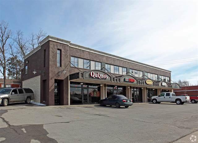 1241 S Harvard Avenue, Tulsa, OK 74112 (MLS #1932992) :: Hopper Group at RE/MAX Results