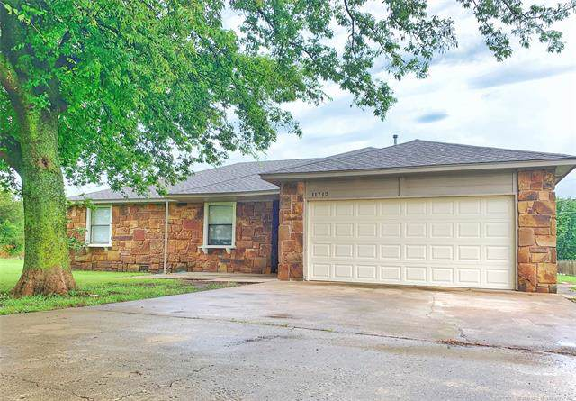 11712 N 193rd East Avenue, Collinsville, OK 74021 (MLS #1933153) :: Hopper Group at RE/MAX Results