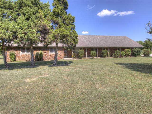 19327 E 126th Street North, Collinsville, OK 74021 (MLS #1933381) :: Hopper Group at RE/MAX Results