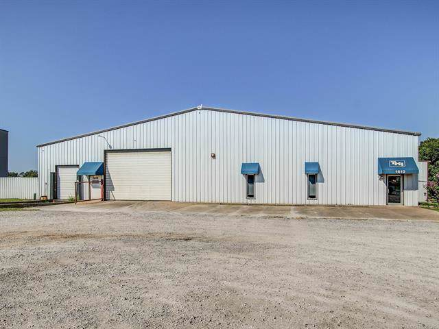 1610 N 170th East Avenue, Tulsa, OK 74116 (MLS #1933889) :: Hopper Group at RE/MAX Results