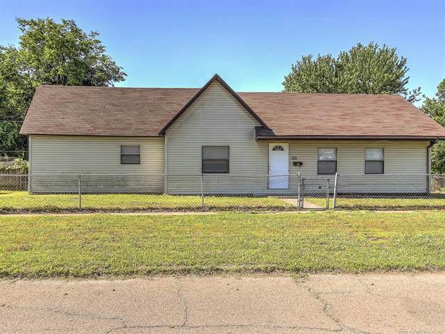 201 S Walnut Street, Sapulpa, OK 74066 (MLS #1934308) :: Hopper Group at RE/MAX Results