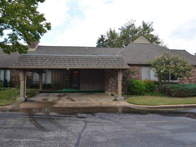 5206 S Harvard Avenue #319, Tulsa, OK 74135 (MLS #1936767) :: Hopper Group at RE/MAX Results