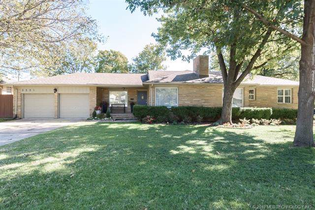 3331 S Gary Place, Tulsa, OK 74105 (MLS #1938434) :: Hopper Group at RE/MAX Results