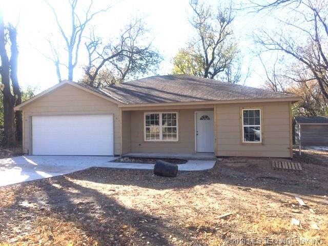 408 N Atoka Avenue, Coweta, OK 74429 (MLS #1938491) :: Hopper Group at RE/MAX Results