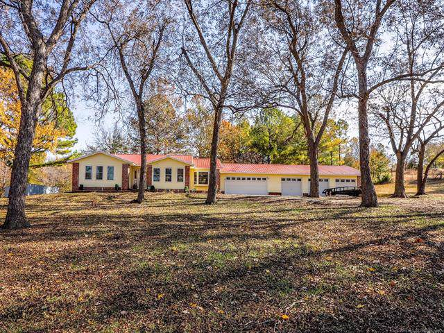 1055 N Stockman Road, Skiatook, OK 74070 (MLS #1939933) :: 918HomeTeam - KW Realty Preferred