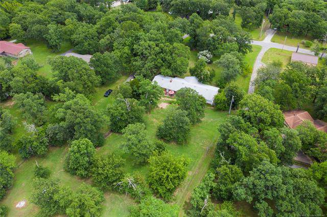 13020 S 273rd East Avenue, Coweta, OK 74429 (MLS #1941079) :: Hopper Group at RE/MAX Results