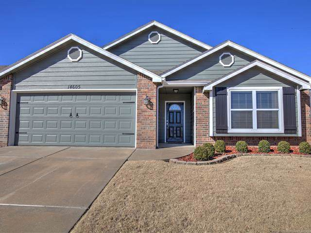 14605 E 108th Street N, Owasso, OK 74055 (MLS #1941145) :: Hopper Group at RE/MAX Results