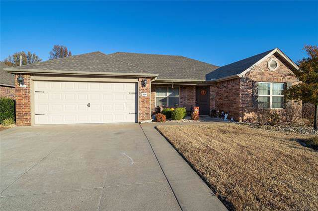 9237 N 144 East Avenue, Owasso, OK 74055 (MLS #1941253) :: Hopper Group at RE/MAX Results