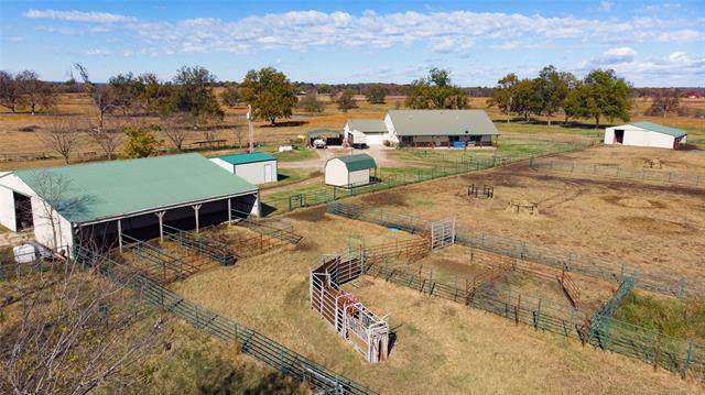 305 Nowata Rt 2 Road, Nowata, OK 74048 (MLS #1942481) :: Hopper Group at RE/MAX Results