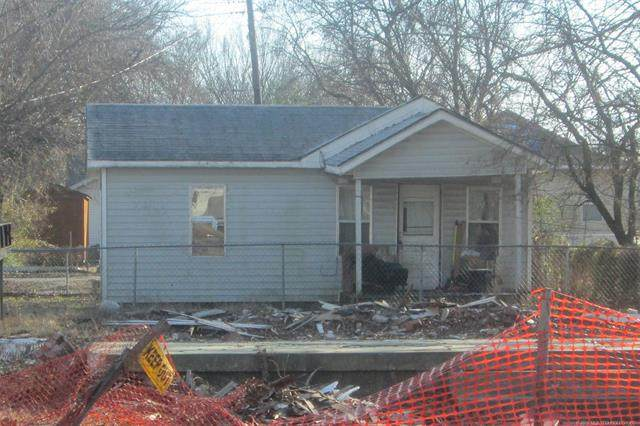 615 W 14th Street, Ada, OK 74820 (MLS #1942936) :: Hopper Group at RE/MAX Results