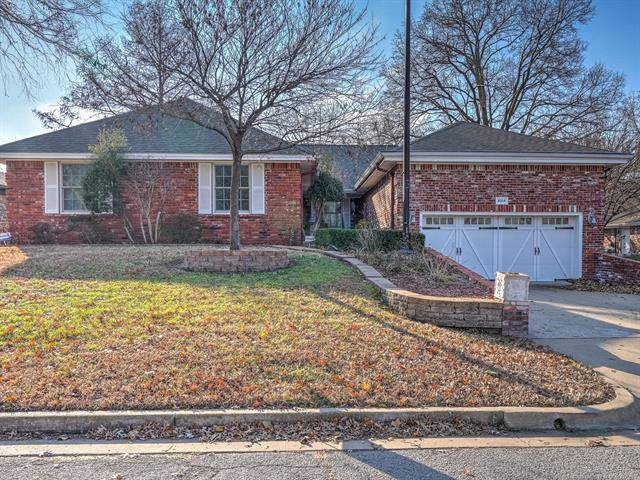 8314 E 56th Place, Tulsa, OK 74145 (MLS #1943084) :: Hopper Group at RE/MAX Results