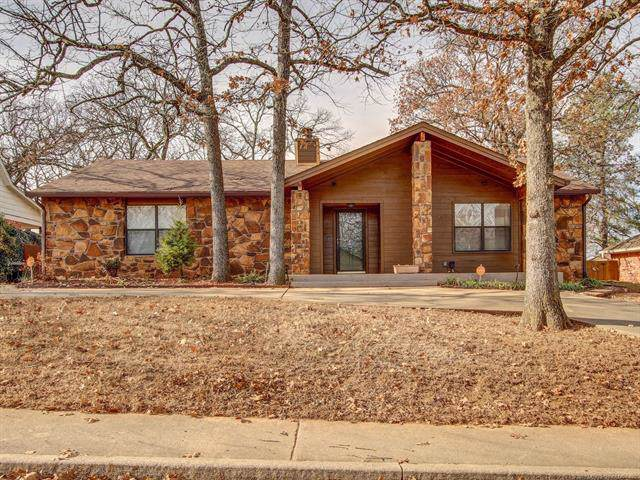 3214 S Bermuda Avenue, Sand Springs, OK 74063 (MLS #1943279) :: Hopper Group at RE/MAX Results