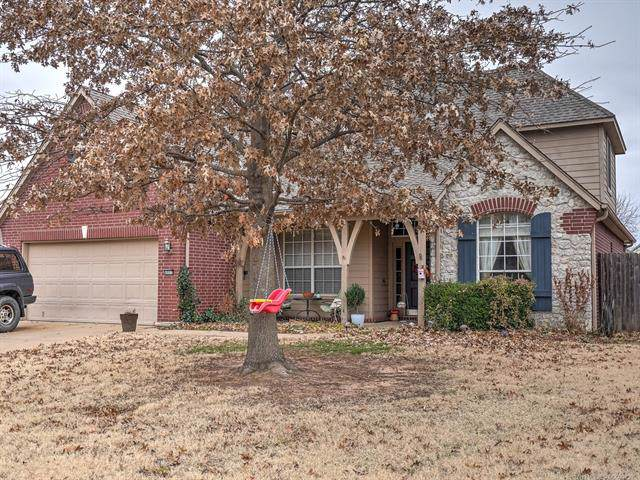 4802 S 196th East Avenue, Broken Arrow, OK 74014 (MLS #1943686) :: Hopper Group at RE/MAX Results