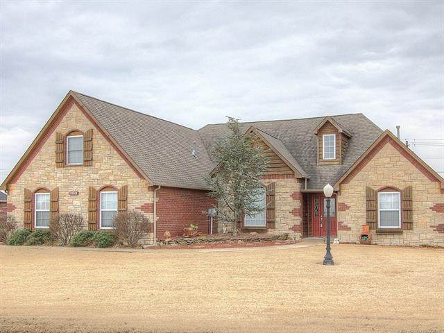 5836 E 147th Street North, Collinsville, OK 74021 (MLS #2005079) :: Hopper Group at RE/MAX Results