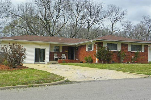 4936 Princeton Drive, Bartlesville, OK 74006 (MLS #2010996) :: 918HomeTeam - KW Realty Preferred