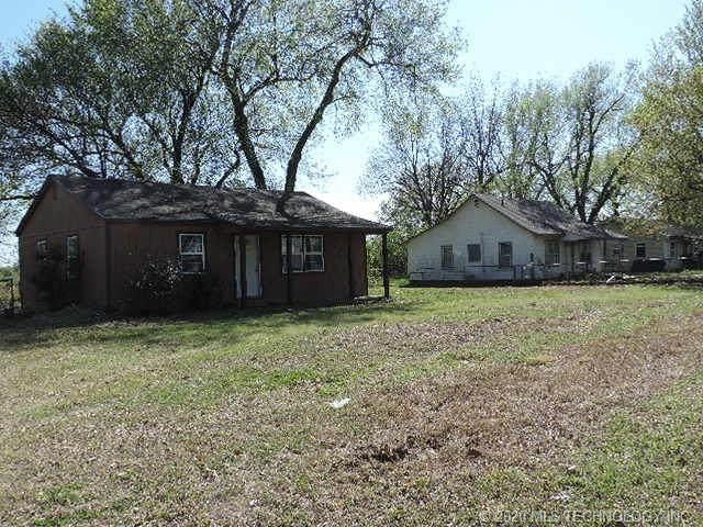 236 Vinita Road, Nowata, OK 74048 (MLS #2011964) :: RE/MAX T-town