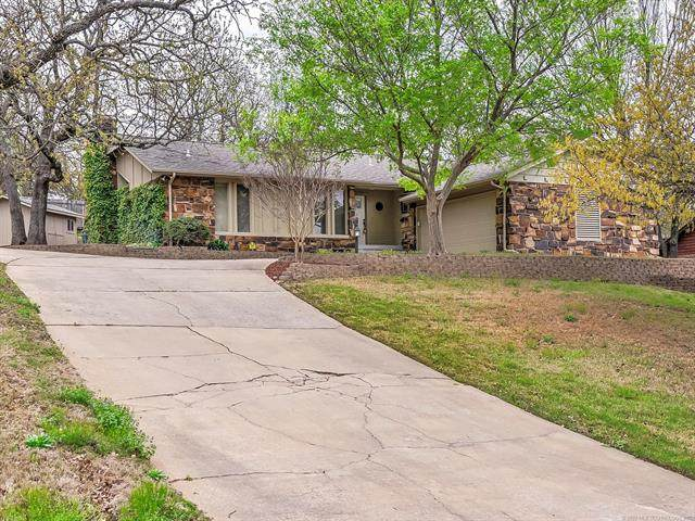 727 Greenview Circle, Sand Springs, OK 74063 (MLS #2012701) :: RE/MAX T-town