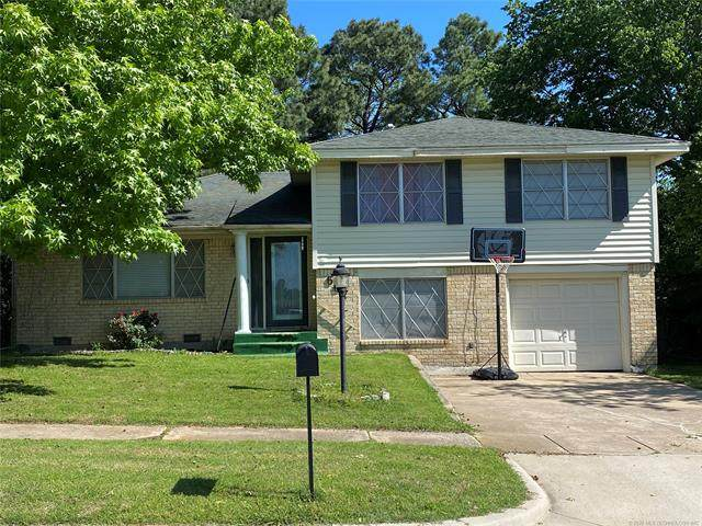 607 Oklahoma Avenue, Mcalester, OK 74501 (MLS #2015609) :: Hopper Group at RE/MAX Results