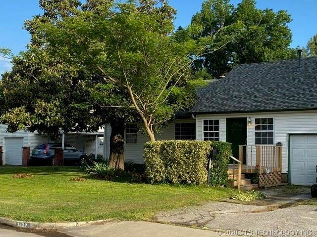1422 E 50th Street, Tulsa, OK 74105 (MLS #2017287) :: Hometown Home & Ranch