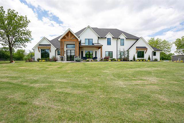 18318 N 161st East Avenue, Oologah, OK 74053 (MLS #2017332) :: Hopper Group at RE/MAX Results