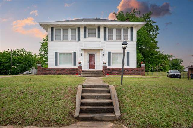 317 W 11th Avenue, Bristow, OK 74010 (MLS #2017754) :: Hopper Group at RE/MAX Results